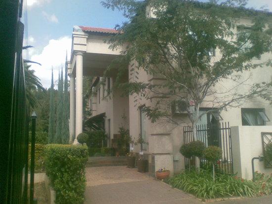 Constantia Manor Guest House: Constantia Manor Guesthouse