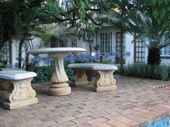 Constantia Manor Guest House: Relax at Constantia Manor GH