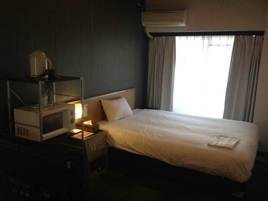 Hotel Livemax Namba:                   シングルルーム