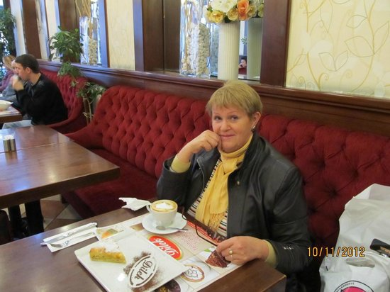 dilek pasta cafe restaurant : cold outside but here so warm!