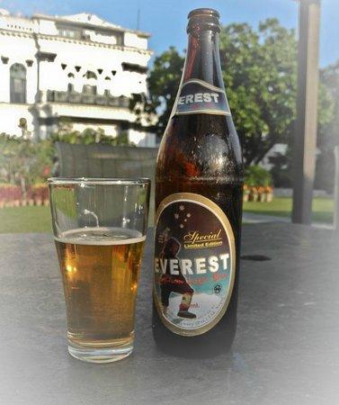 هوتل شانكر:                   You'll get used to Everest beer                 