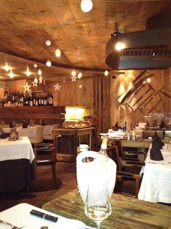 Bivio Hotel:                   im Restaurant
