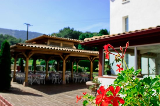 Hotel restaurant txistulari 3 itxassou for Restaurant itxassou