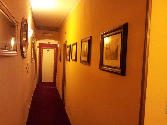 Hotel Ginori al Duomo - Italhotels Group: Corridoietto