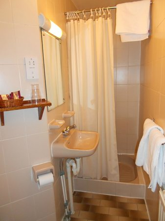 Mitre House Hotel: little ensuite