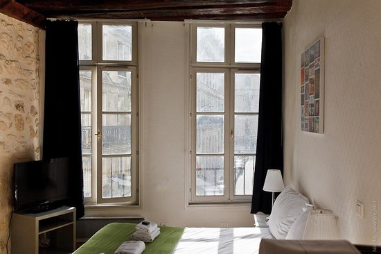 Short Stay Apartment Louvre : the room