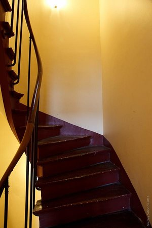 Short Stay Apartment Louvre: Stairs