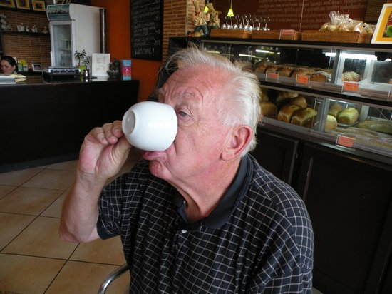 La Ceiba Bakery:                   Coffee is good to the last drop!