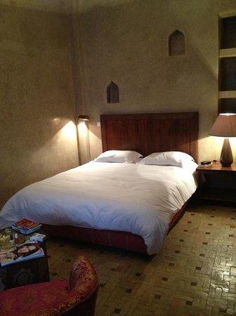 Riad Bouganvilliers:                   chambre de base