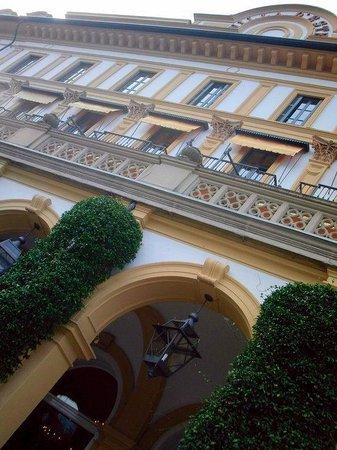 Villa d'Este: Façade