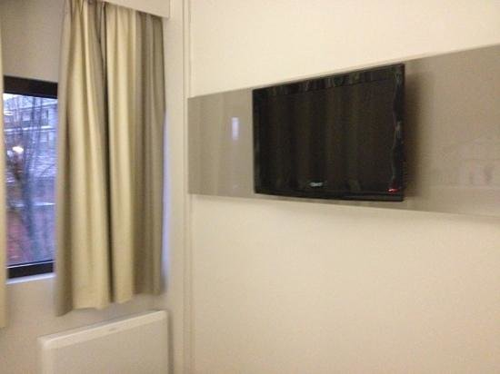 B&B Hotel Udine : Camera con Tv