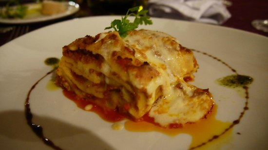 Ocean Maya Royale:                   Heerlijke lasagne in het Italiaanse restaurant                 