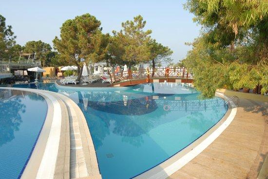 Sueno Hotels Beach Side: piscine
