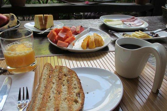 Pousada El Refugio:                   The breakfast:-)))