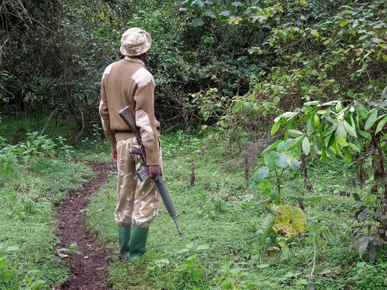 Serena Mountain Lodge:                                     Our armed guard!
