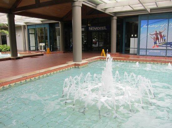 Novotel Twin Waters Resort:                                     Front