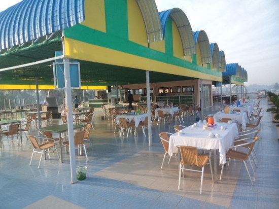 Chaungtha, Myanmar:                                     alliance resort hotel