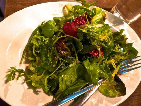 Al Borgo : Their fresh salad with balsamic vineger and olive oil dressing.