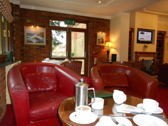 Rivenhall Hotel:                   Coffee lounge
