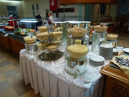 El Mouradi Djerba Menzel: petit déjeuner