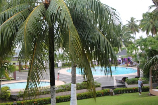 Waterfront Insular Hotel Davao:                   Poolbereich
