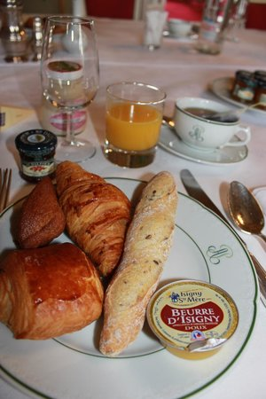 Chateau d'Artigny:                                     Brunch