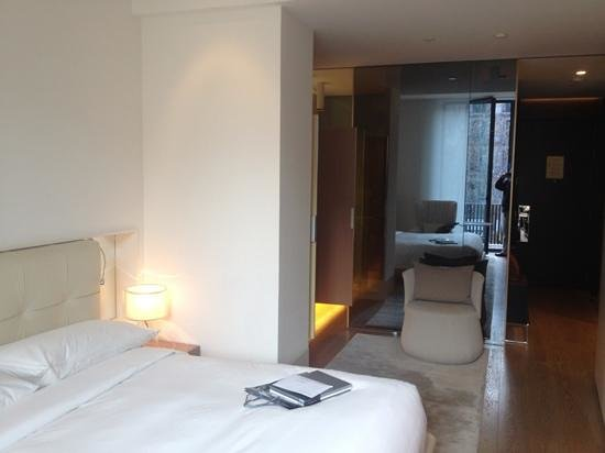 Mandarin Oriental, Barcelona: habitacion algo estrecha