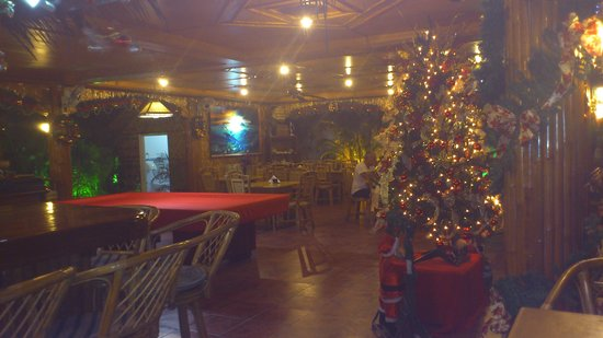 CouCou Bar & Restaurant:                   Restaurant met Kerst