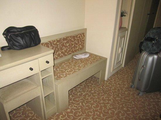 Sergah Hotel: habitación