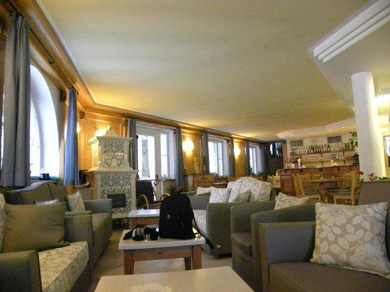 Hotel bella di bosco mal provincia di trento prezzi for Foto di salotti arredati