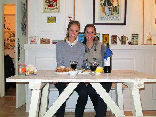 La Charlotte Aix en Provence:                   Sarah and Pip