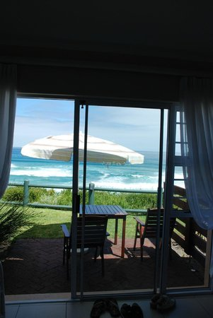 Mes Amis Guest House: Blick vom Zimmer auf`s Meer