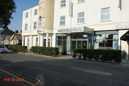 Westville Hotel:                   Hotel Frontage