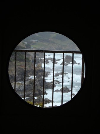 Tickle Pink Inn:                                     Window on the ocean