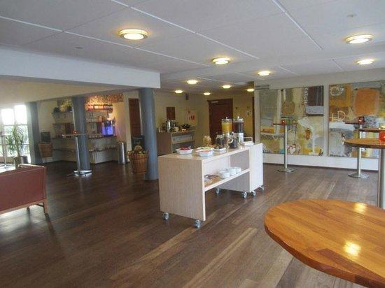 Comwell Soro Storkro:                   Restaurant/cafe om eftermiddagen