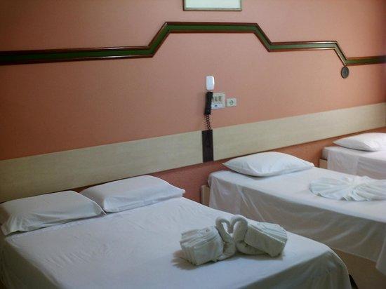 Hotel Cassino Iguassu Falls: Apartamento  casal + 2