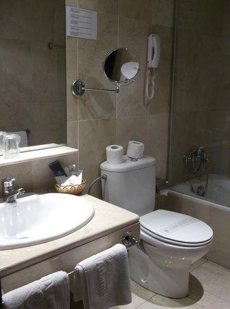 Hotel Atlantis: bagno