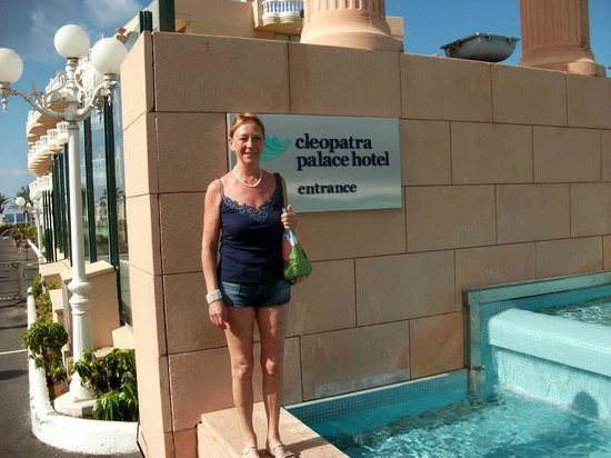 Cleopatra Palace Hotel: Proof I was there!