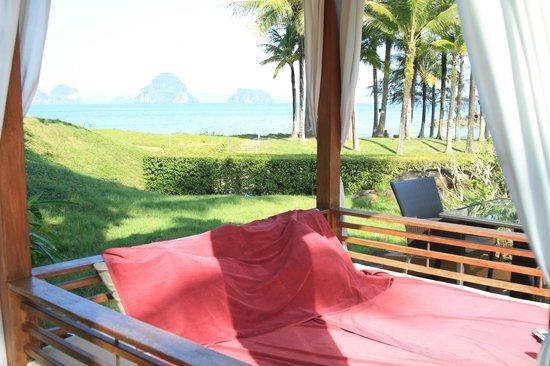 Phulay Bay, A Ritz Carlton Reserve:                   Poolside cabana