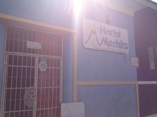 Hostal Mochilas:                                     Fachada del Hostel