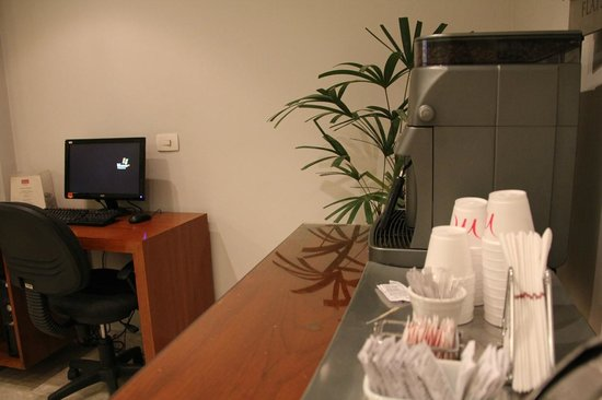 Mercure Rio de Janeiro Arpoador Hotel: internet and all day coffee here : smart