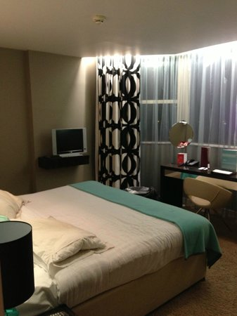 Clayton Hotel Chiswick:                   Double room, pic 1