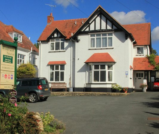 Winsome Windrush House Broadway  Bb Reviews  Photos  Tripadvisor With Handsome All Photos  With Comely Waterworld Garden Centre Also  Stanhope Gardens In Addition Rattan Garden Furniture Grey And Hilton Inn Garden Atlanta As Well As Dorchester Garden Centre Additionally Radyr Garden Centre From Tripadvisorcouk With   Handsome Windrush House Broadway  Bb Reviews  Photos  Tripadvisor With Comely All Photos  And Winsome Waterworld Garden Centre Also  Stanhope Gardens In Addition Rattan Garden Furniture Grey From Tripadvisorcouk