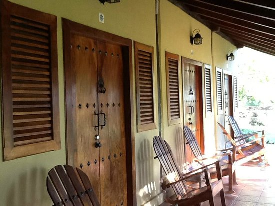 فينكا سان خوان دي لا آيلا:                   Outside rooms                 