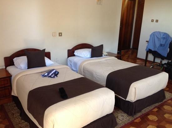 Camera doppia 2 picture of desalegn hotel addis ababa for Pirolitica doppia camera