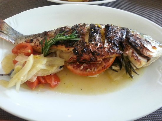 Da Clara:                   see bass on lemon, orange, rosemary and anis grains - succulent!