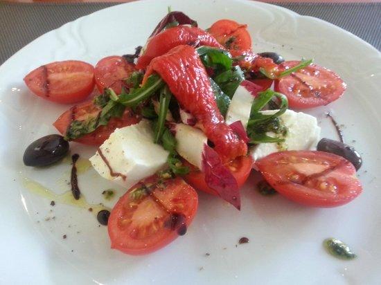 Da Clara:                   super fresh and tasty salad