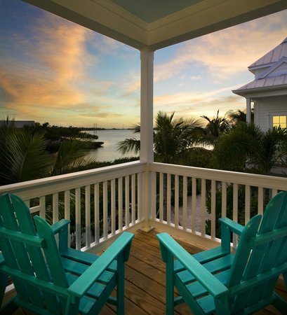 Parrot Key Hotel and Resort: Waterfront sunset views