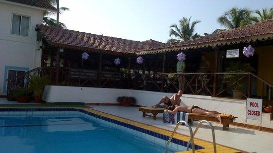 Colonia Santa Maria (CSM):                   CSM pool