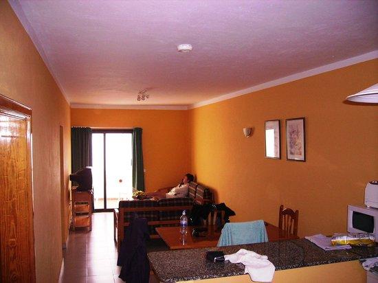 Aparthotel Lanzarote Paradise:                   Looking down main room to Balcony